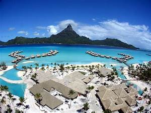 Tourism: Bora Bora French Polynesia