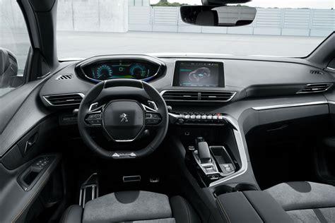 Peugeot Hybrid by Les Peugeot 508 3008 Passent 224 L Hybride Rechargeable