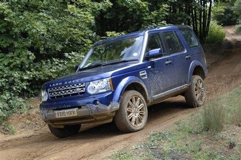 land rover discovery   car review honest john