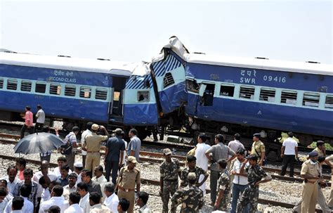 India Train Crash Kills 25, Injures Dozens