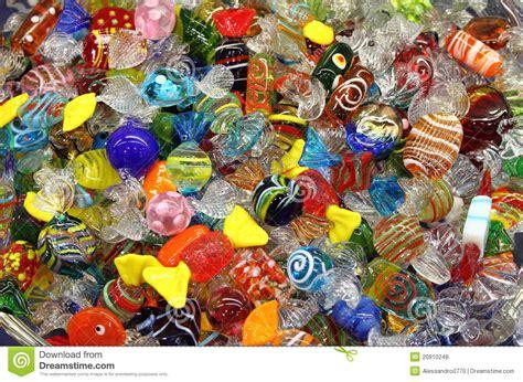 bonbons v 233 nitiens en verre de murano photos libres de droits image 20910248