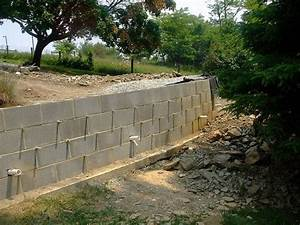 how to build a retaining wall concrete blocks drainage With building a garden wall with concrete blocks