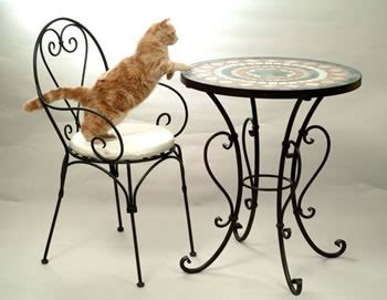 divanetti in ferro battuto sedie e tavolini in ferro battuto in giardino l