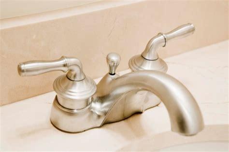 clean  scum    faucet hunker