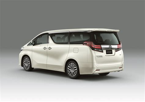 Toyota Alphard Backgrounds by Made For Malaysia Toyota Alphard Vellfire Mpvs Launched