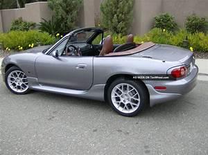 2002 Mazda Miata Se Convertible 2