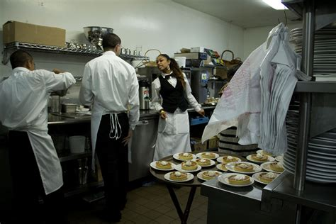 galaxy desserts richmond ca salute restaurant continues tradition with free meals for the homeless richmond confidential