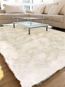 Langflor Teppich Weiß : benuta shaggy hochflor teppich whisper wei 140x200 cm langflor teppich f r schlafzimmer und ~ Frokenaadalensverden.com Haus und Dekorationen