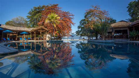 hotel dekat pantai  manado cocok  relaksasi