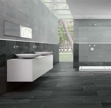 carrelage salle de bain salle de bain gris anthracite et gris clair recherche d 233 co maison salle de bain