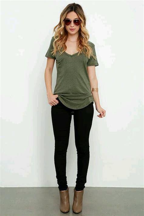 10+ best ideas about Green Shirt on Pinterest | Black pencil skirt outfit Womenu0026#39;s green shirt ...