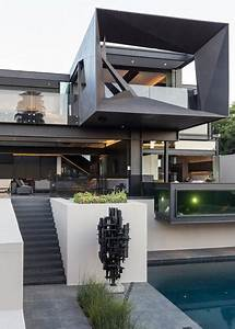 Unique, Contemporary, House, Blending, Brutal, Lightness, Of, Metal, And, Glass, Into, Spectacular