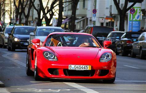 red porsche truck red porsche carrera gt in the same car die paul walker
