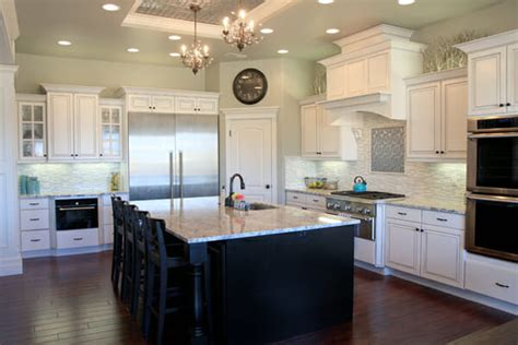 Prettiest Kitchen In The World  Home Christmas Decoration