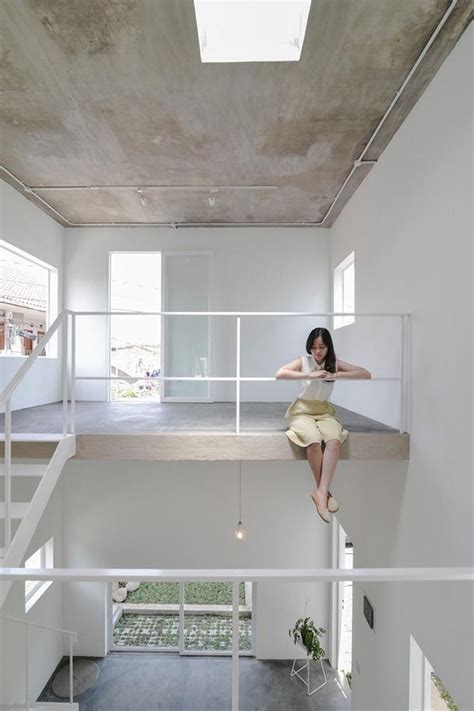lima inspirasi desain plafon  rumah tampil memukau