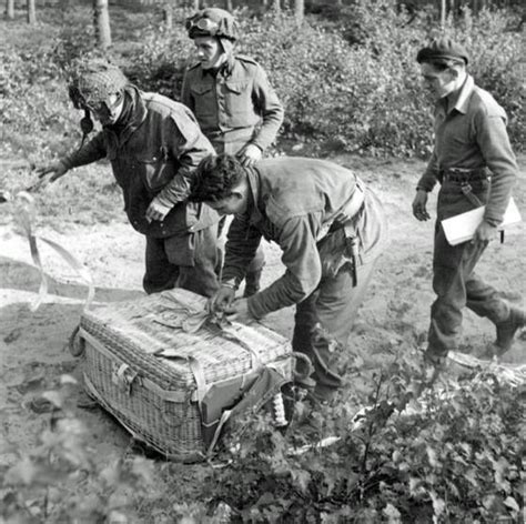 parapack dropped   resupply flight   brits