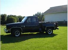 Sell used 1986 chevrolet c10 short box stepside truck