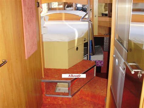 hochbett in dachschräge einbauen schrank in dachschr 228 ge einbauen schrank in dachschr ge einbauen auf ikea schrank pax tv schrank