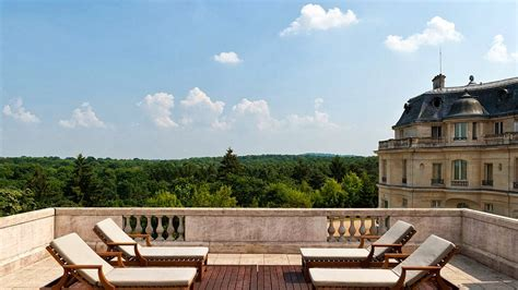 tiara ch 226 teau hotel mont royal chantilly