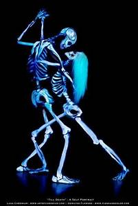 Gras An Die Wand Malen : zimmer tanzende skelette ber die wand malen uv bodypaint pinterest kunst bodypainting ~ Markanthonyermac.com Haus und Dekorationen