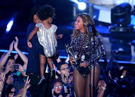 gifts for beyonce fans 7 gifts that beyoncé fans will love for under 30
