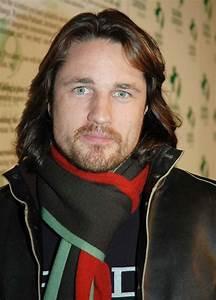 martin henderson Picture 4 - Rock The Earth Pre-Oscar Party
