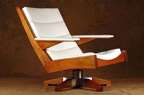 carlos motta brazilian furniture designer recycled wood