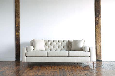 776754 Modern Classic Sofa