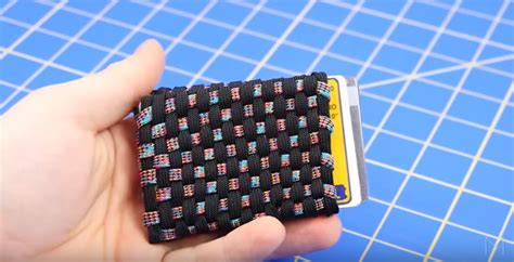 How to Make a Paracord Wallet