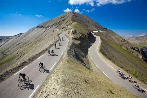 col du mont ventoux col du mont ventoux 28 images les 10 plus beaux cols de notrebellefrance le mont ventoux