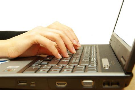 Kā izvēlēties ātrāko un lētāko interneta pieslēgumu ...
