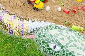 Fugenmörtel Berechnen : eine mosaik schlange als sandkasten hausbau garten diy inspirationen baby kind und meer ~ Themetempest.com Abrechnung
