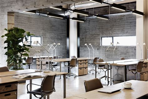 Workspace Designs For Modern Offices by Beautiful Modern Industrial Office Design Workspaces