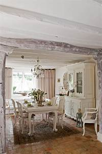 Möbel Country Style : jolie maison de campagne au design romantique en france vivons maison ~ Sanjose-hotels-ca.com Haus und Dekorationen
