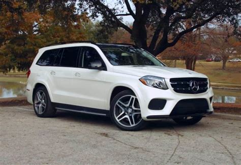 Topselling Large Luxury Cars & Suvs Through March