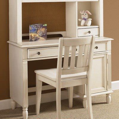 Student Desks For Bedroom by Daydreams Youth Bedroom Student Desk Chair In
