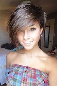 Short Hair And Side Bangs Tumblr - Women Medium Haircut