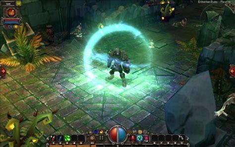 torchlight   hacknslash created  diablo developers boxed version  hit store