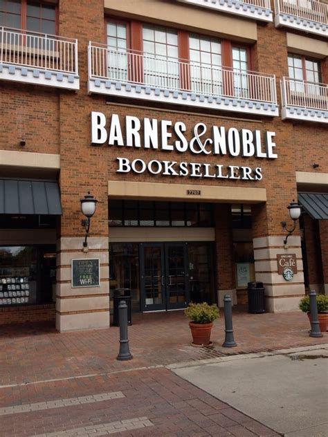 Barnes Noble Baton by Photos For Barnes Noble Booksellers Yelp