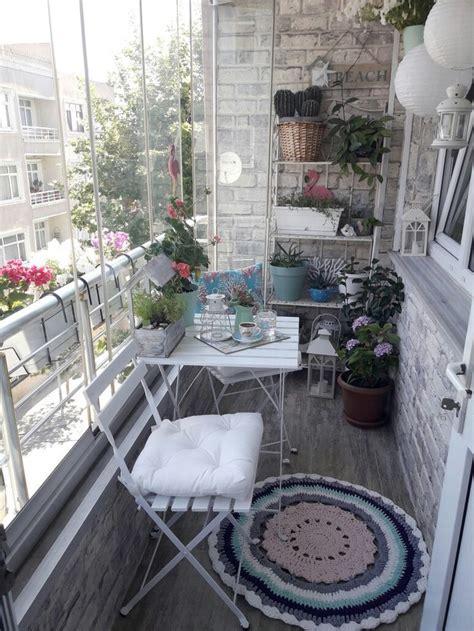 small balcony deco en  decoration balcon balcon