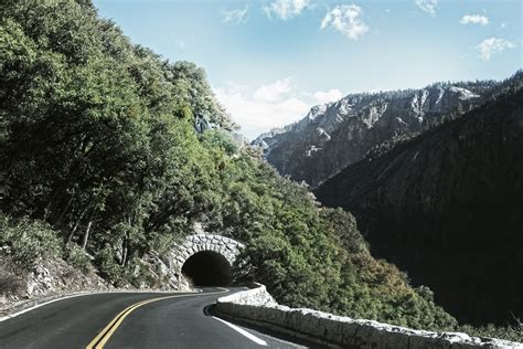 images gratuites arbre montagne route autoroute