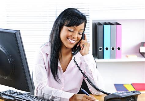 comment repondre au telephone au bureau r 233 pondre et parler au t 233 l 233 phone en anglais vocabulaire traduction lexique