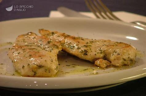 come cucinare petto di pollo a fette ricetta petto di pollo in padella le ricette dello