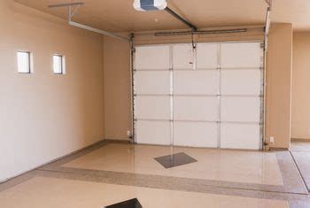garage wall paint how to paint garage walls home guides sf gate