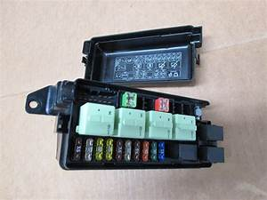 2012 Mini Cooper S R56  1027 Engine Bay Fuse  Relay