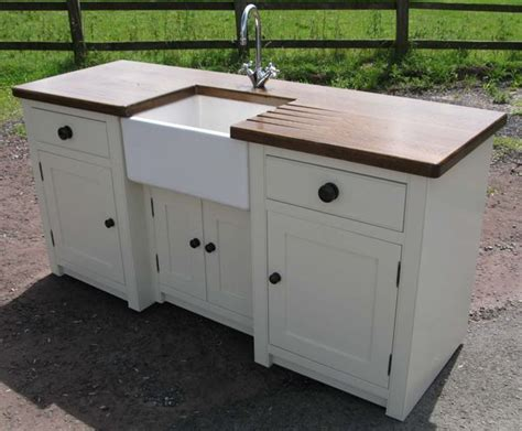 free standing kitchen sinks 1000 ideas about free standing kitchen sink on