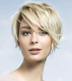 coupes courtes cheveux fins les meilleurs idées coiffures et les nouvelles coupes tendances de l 39 automne 2015 et l 39 hiver