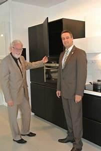 Arbeitsplatte Küche 65 Cm Tief : die 65 cm tiefe arbeitsplatte wird zum standard k che und architektur ~ Markanthonyermac.com Haus und Dekorationen