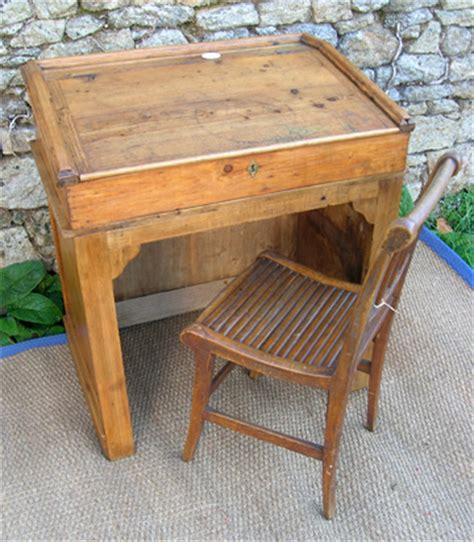 petit bureau ancien ancien meuble de boutique petit comptoir de mercerie