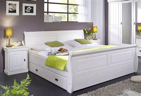 Massivholz Bett Mit Bettkasten 180x200 Und Nachtischen